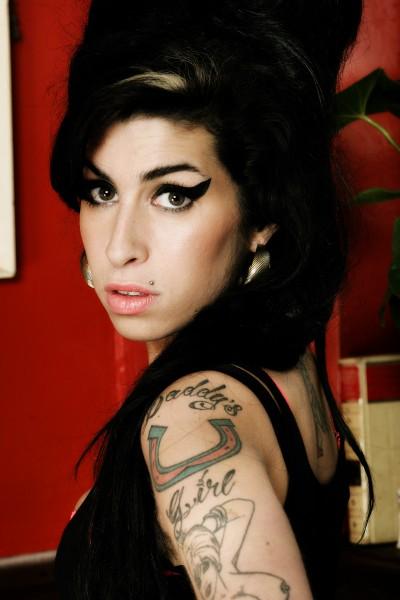 Amy - Szenen - 02 Amy Winehouse