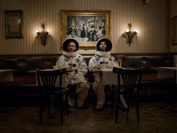 Die-Astronauten-Belle-Epoque-breit